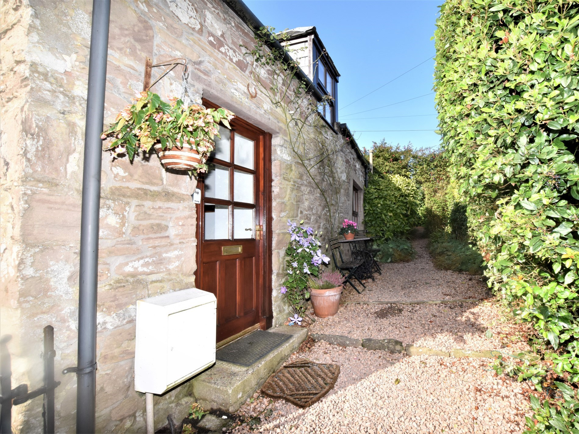 1 Bedroom Cottage in Auchterarder, Perthshire, Angus and Fife