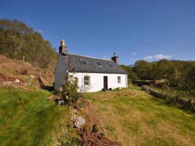 Darrach Cottage (SU303)