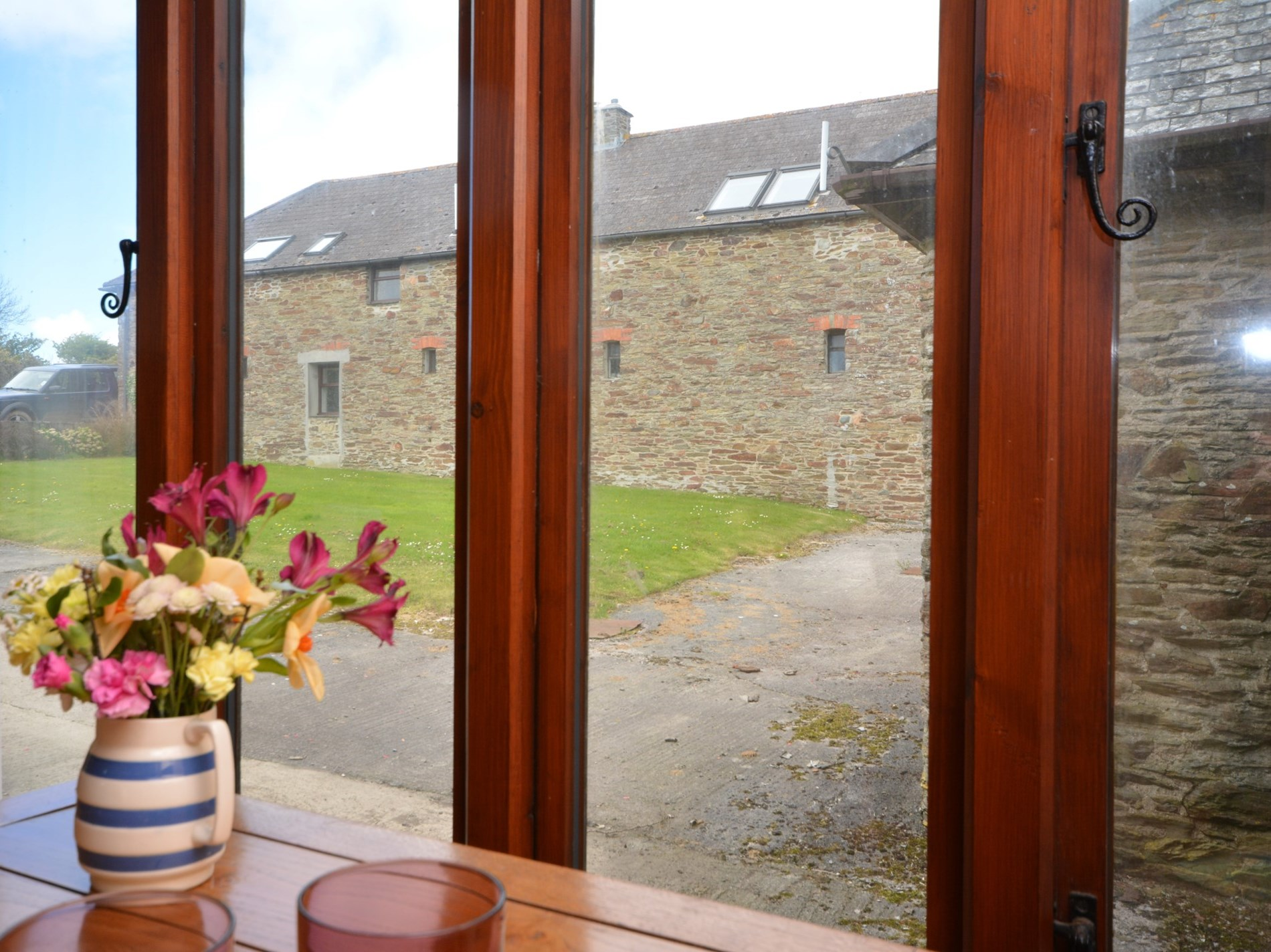 Dine with open views to