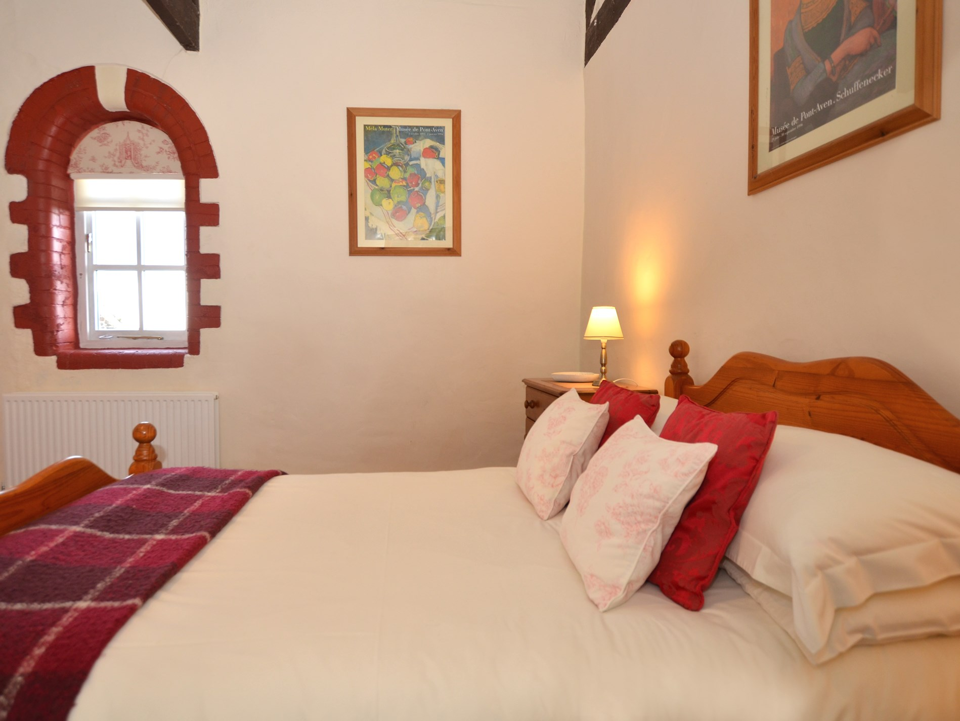 Further spacious double bedroom