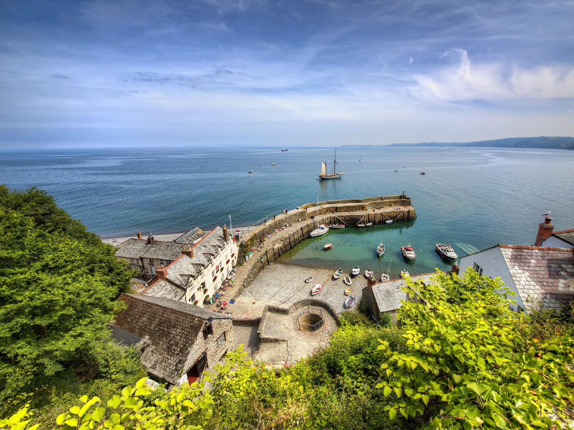 The famous village of Clovelly nearby