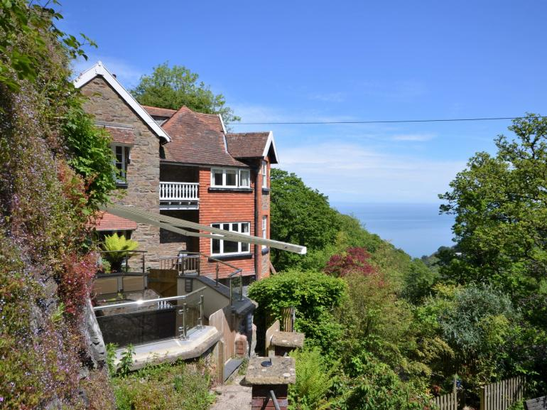 View towards the property with amazing sea views