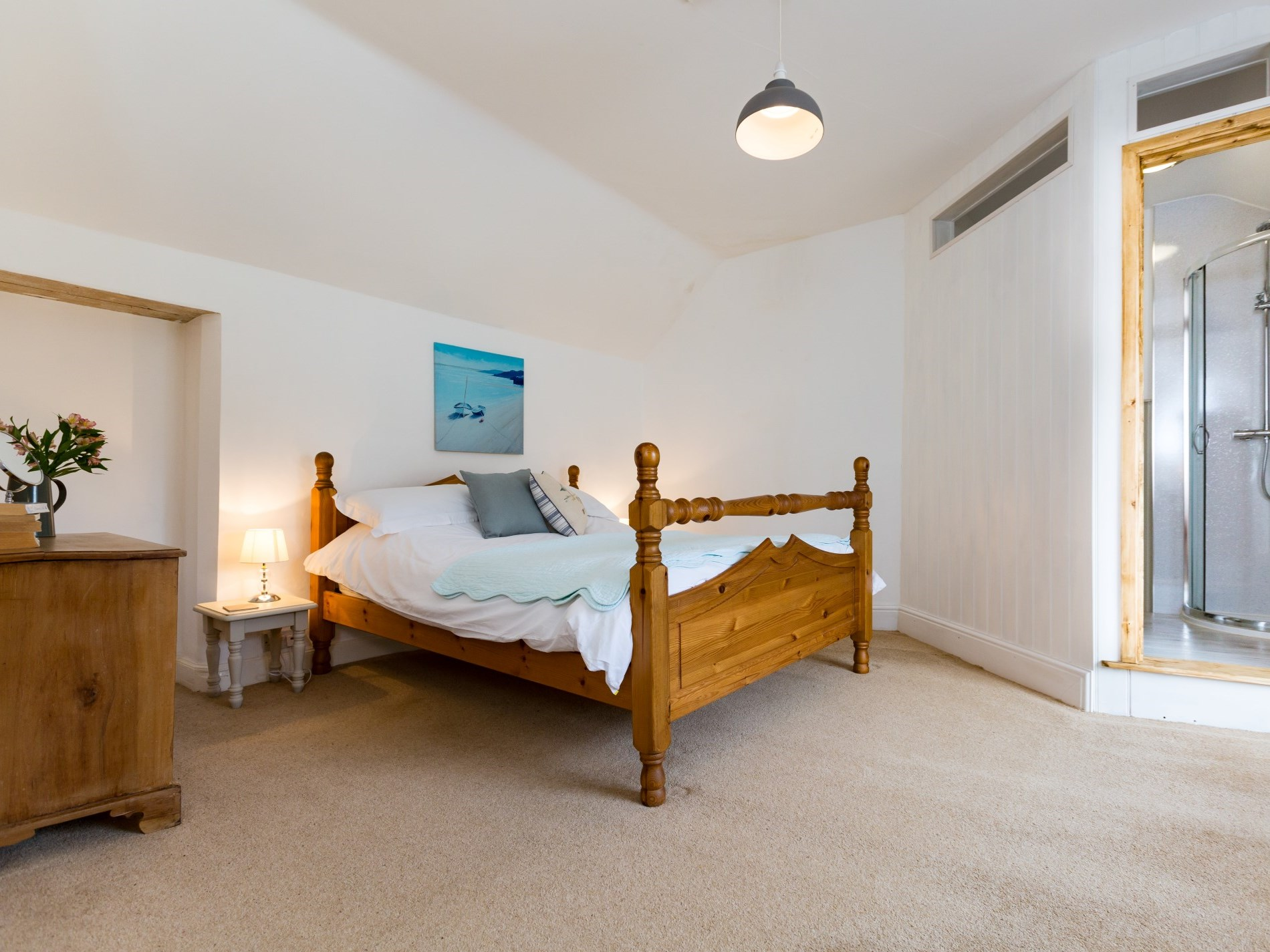 Spacious king-size bedroom with en-suite shower room