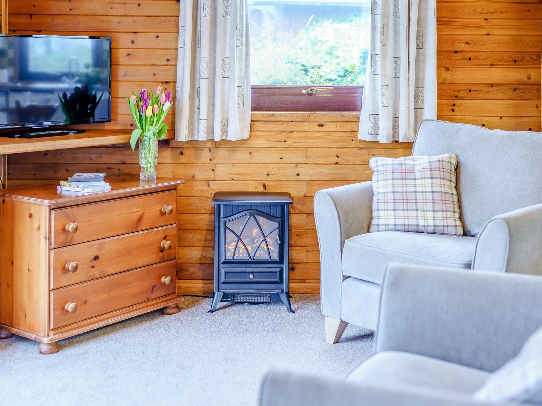 2 Bedroom Log Cabin in North Cornwall, Cornwall