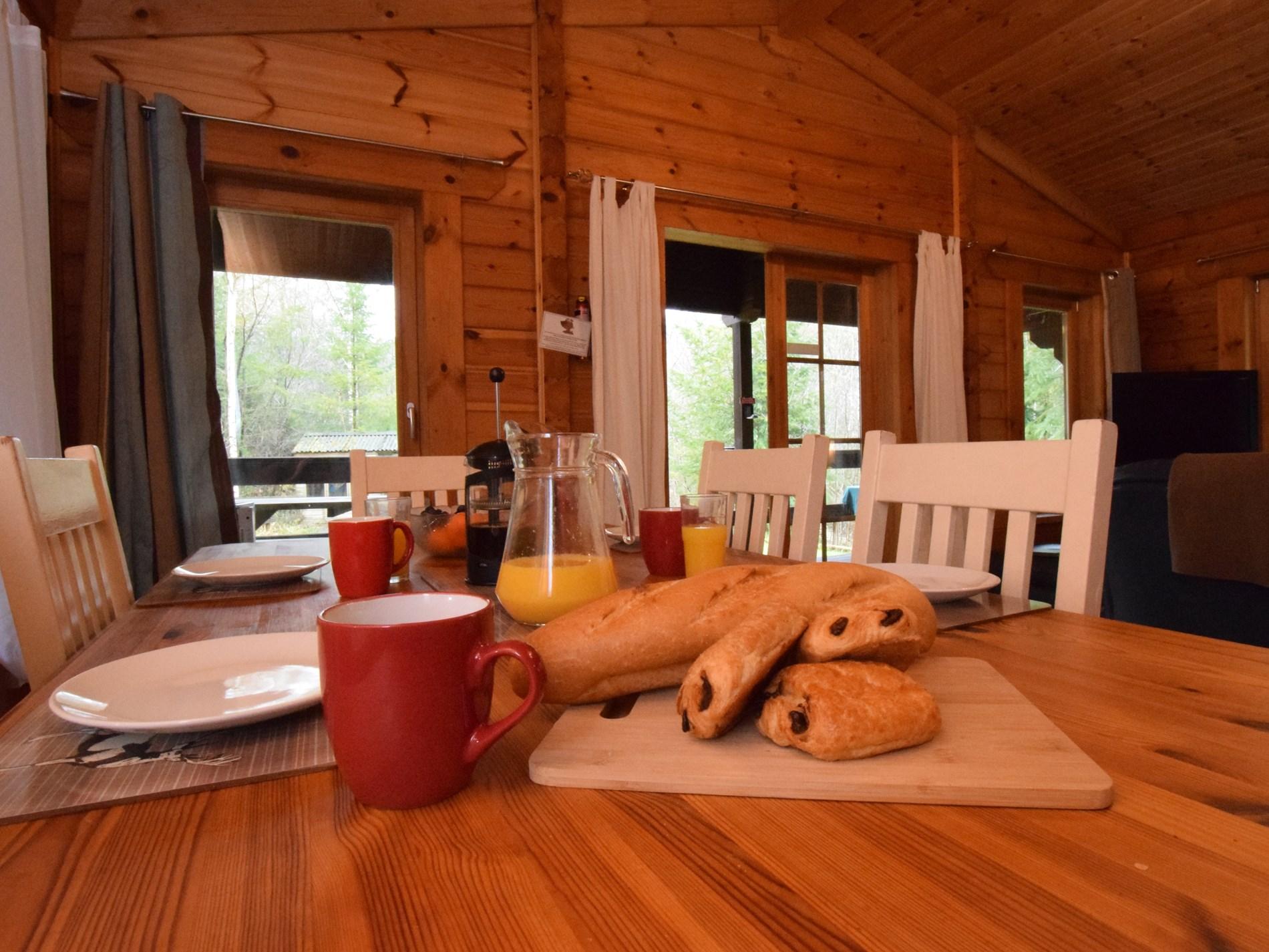2 Bedroom Log Cabin in North Devon, Devon