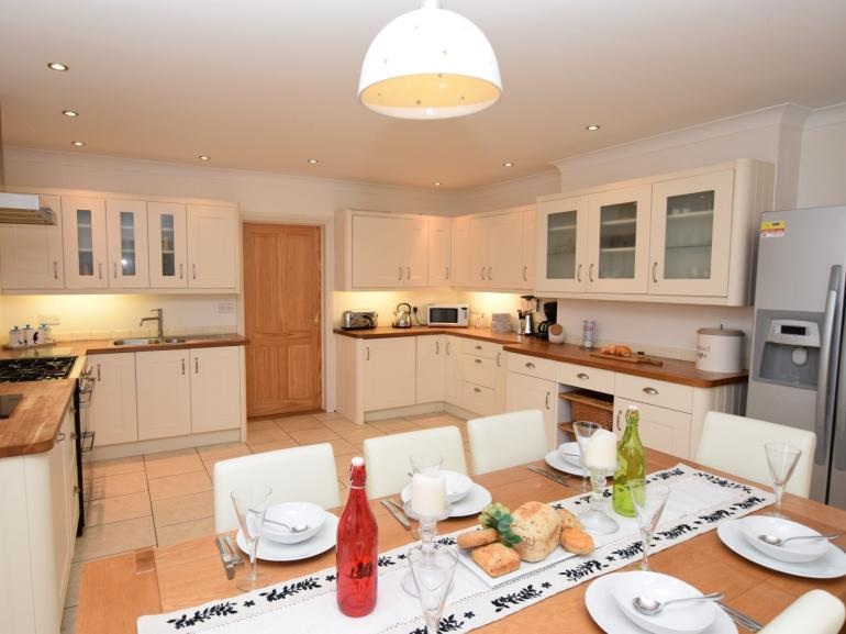 Cook up a storm in the large open plan kitchen/diner