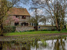 Pond Cottage (POCN8)