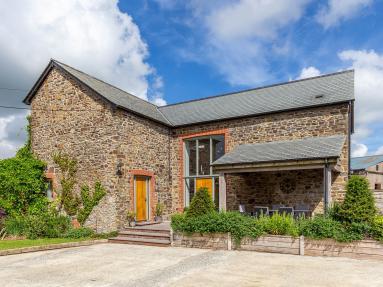 Lympscott Barn (LYMPB)
