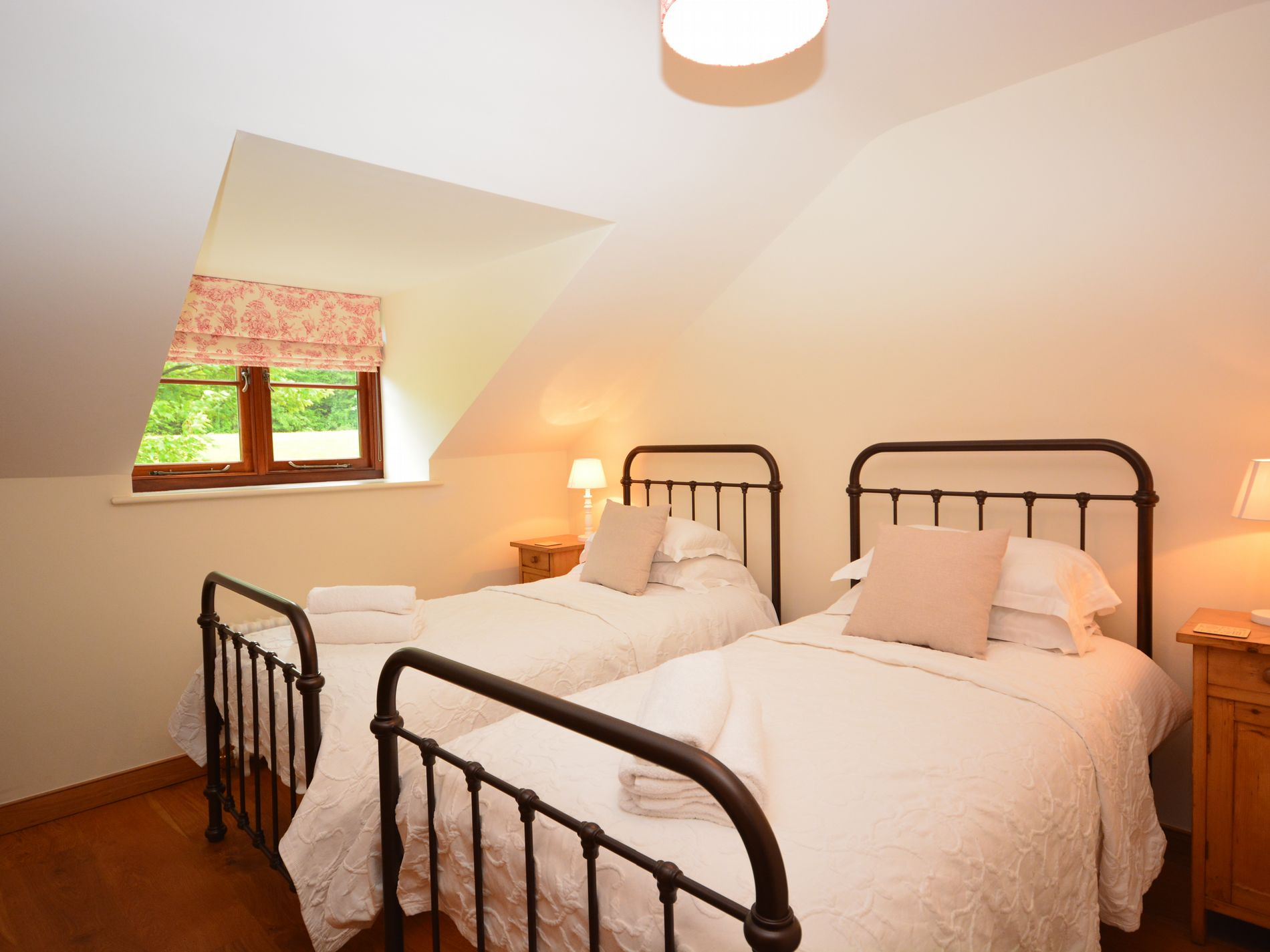 4 Bedroom Cottage in Frome, Dorset and Somerset