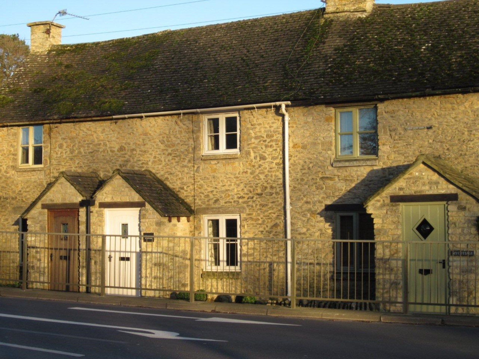 Located on the A429 road with a short stroll into Stow on the Wold