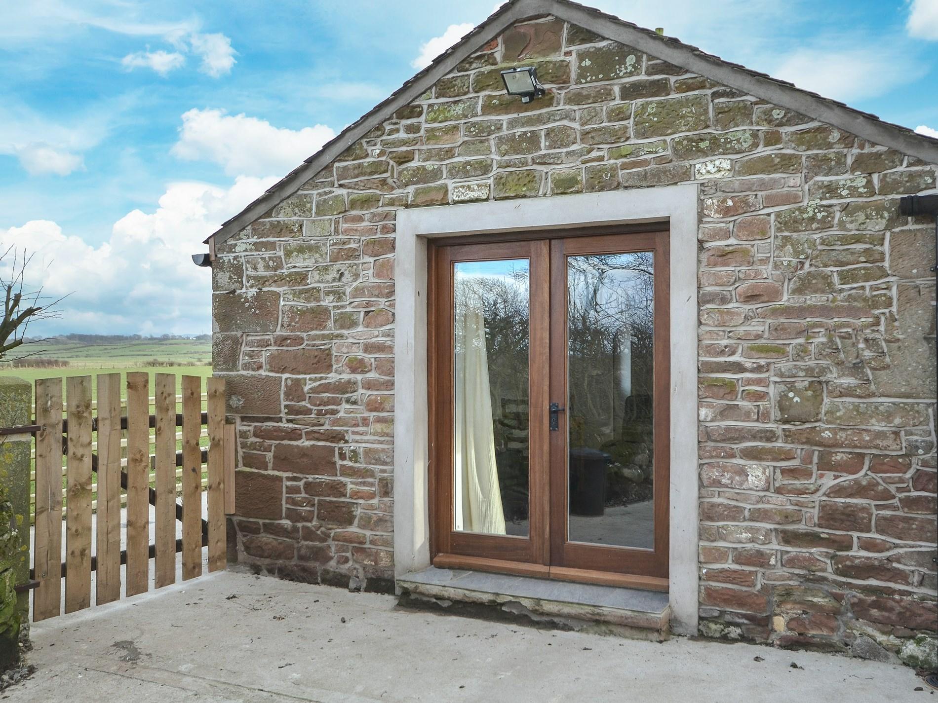 1 Bedroom Barn in Cumbria, Scottish Borders