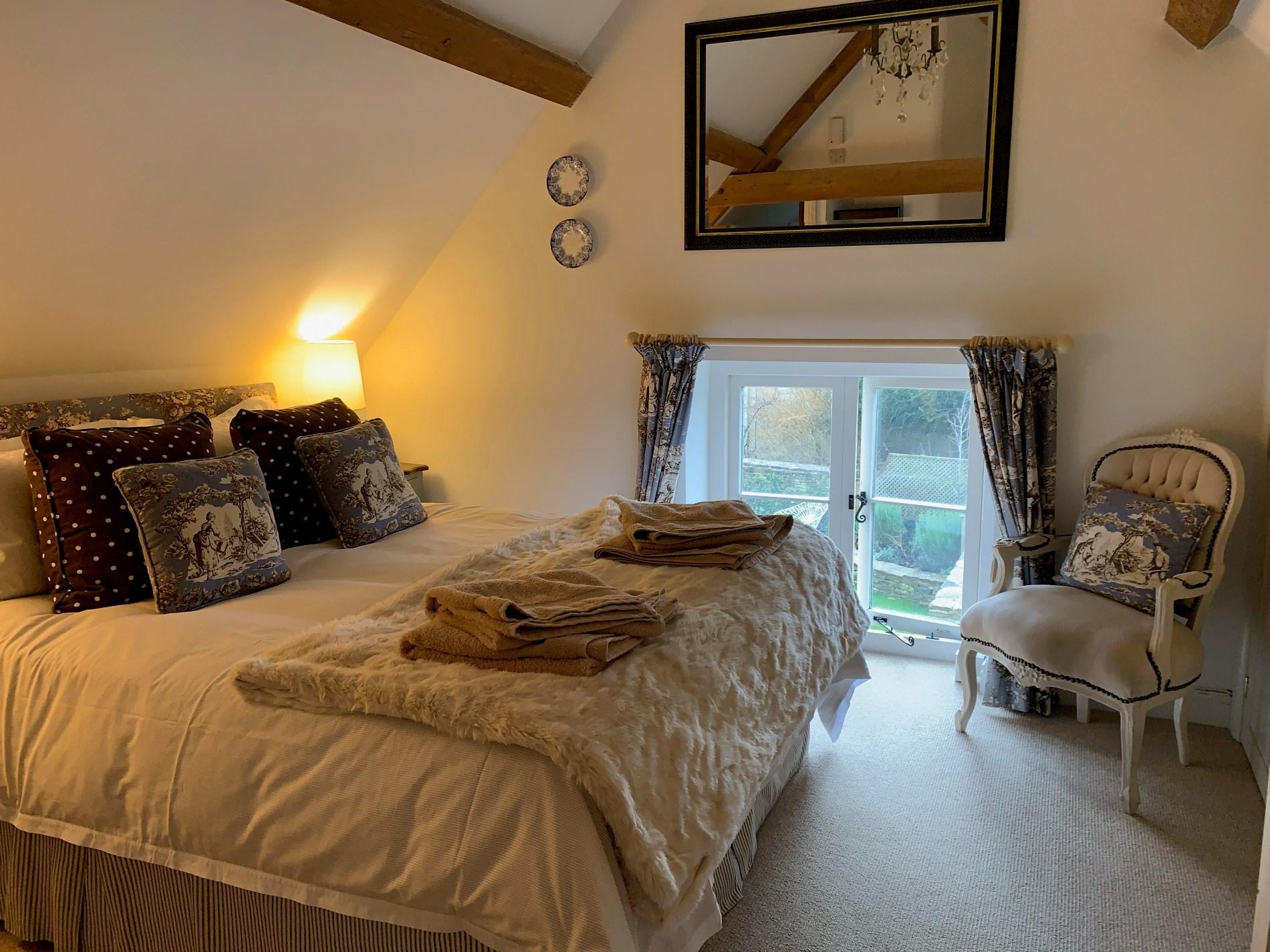 Beautiful double bedroom with ensuite bathroom