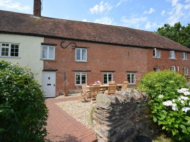 Chantry Cottages Hornbeam (CHANH)