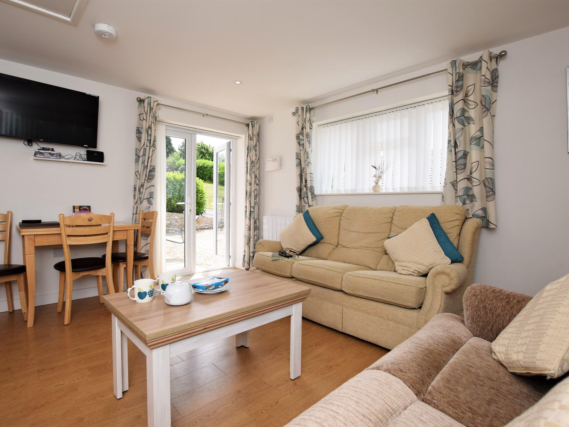 2 Bedroom Bungalow in Mid and East Devon, Devon