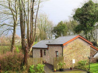 Bryn Eglwys Cottage (31983)