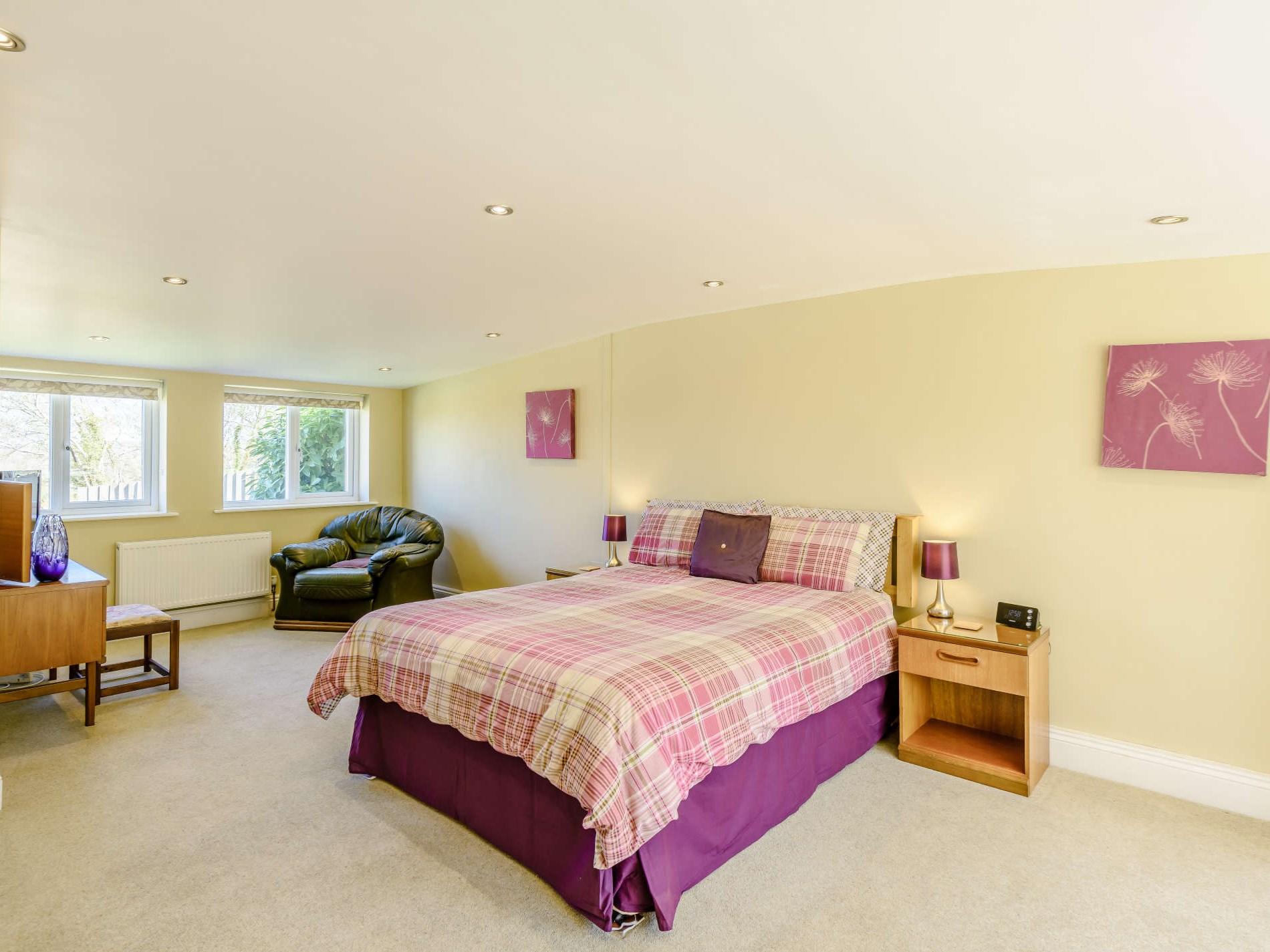 2 Bedroom Cottage in Okehampton, Devon