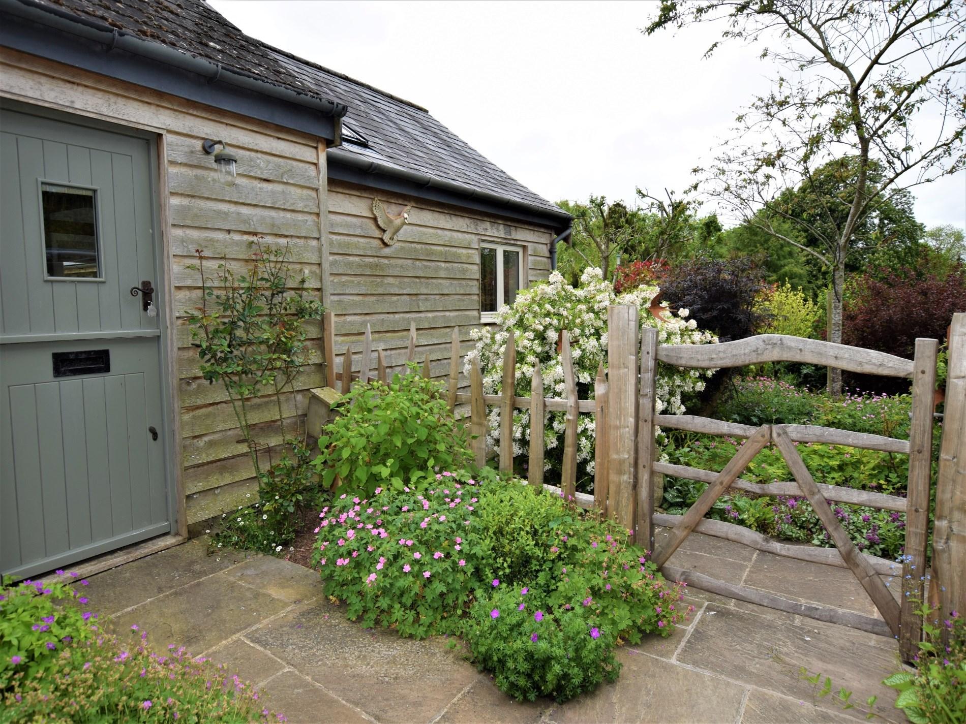 Pretty cottage garden