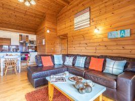 Clovelly Lakes Plover Lodge Thirteen
