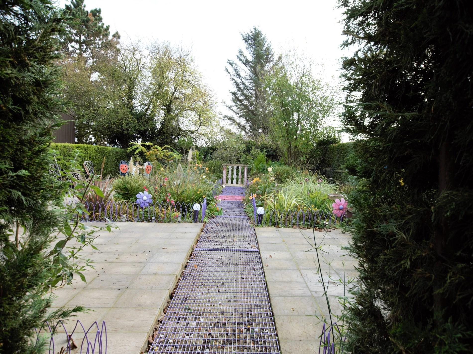 A secret garden!