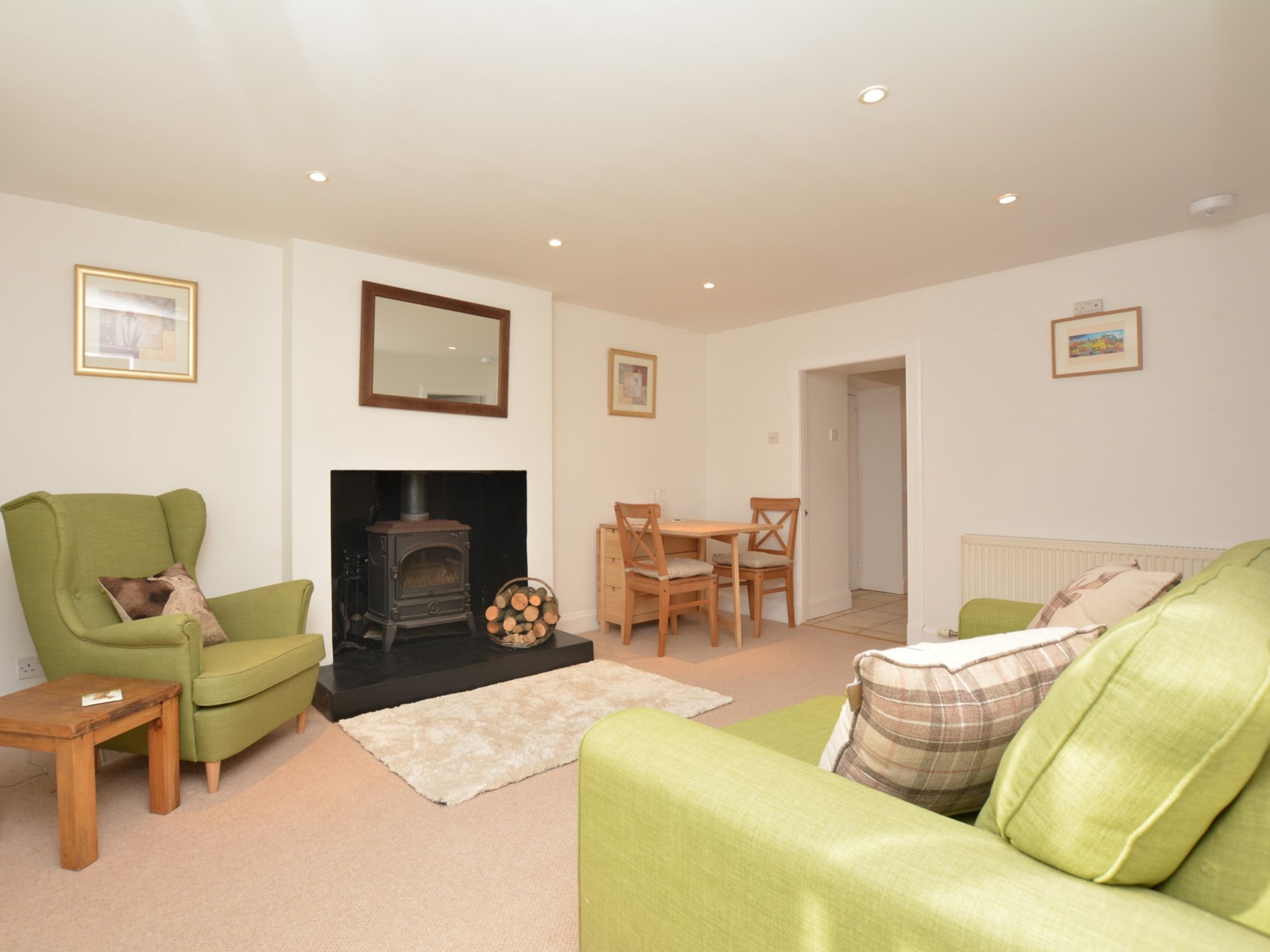2 Bedroom Cottage in Laurencekirk, Perthshire, Angus & Fife