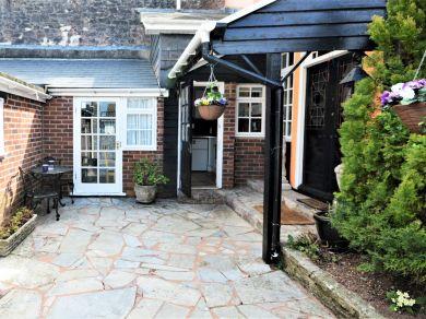 Courtyard Annexe (36488)