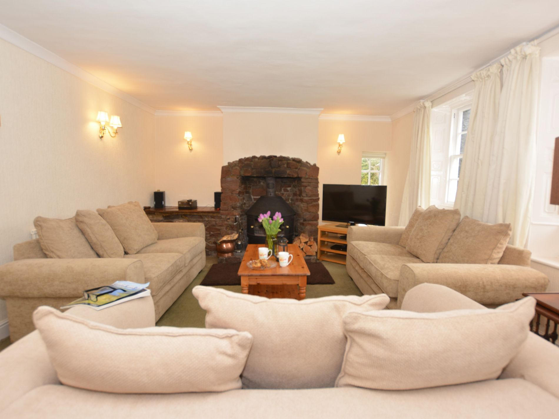 5 Bedroom Cottage in Wigton, Scottish Borders