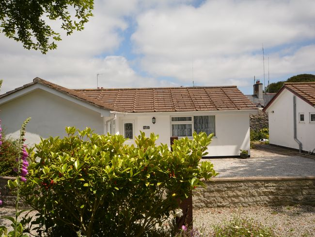A delightful holiday home in peaceful village location