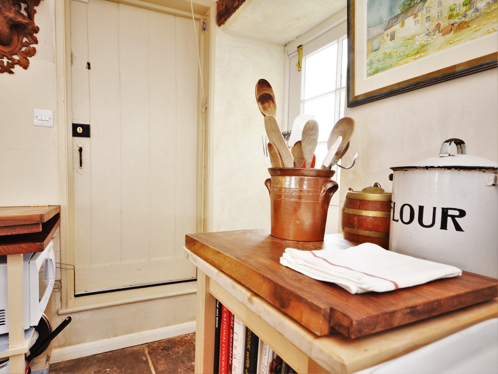 6 Bedroom Cottage in Presteigne, Heart of England