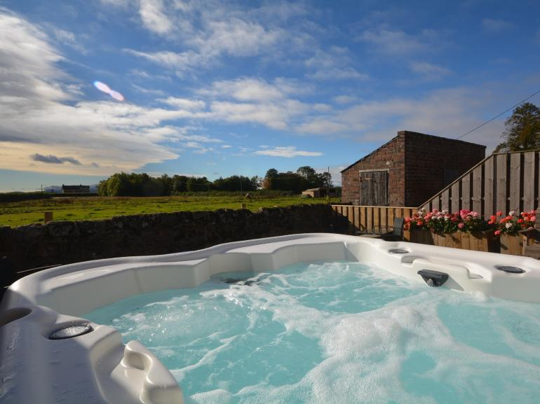 Relax and enjoy the beautiful borders countryside