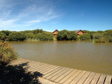 Clovelly Lakes Sky Lark Lodge Seven (00372)