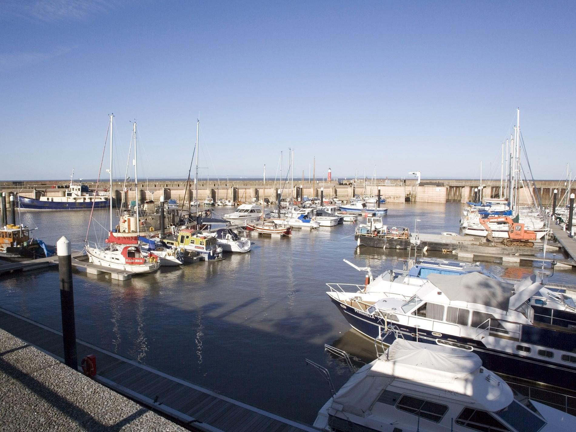 A short walk to Watchet marina