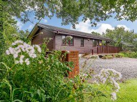 Clovelly Lakes Barn Owl Lodge Nine