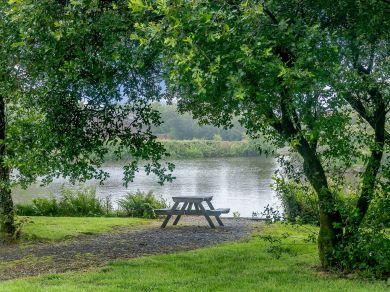 Clovelly Lakes Barn Owl Lodge Nine (00374)