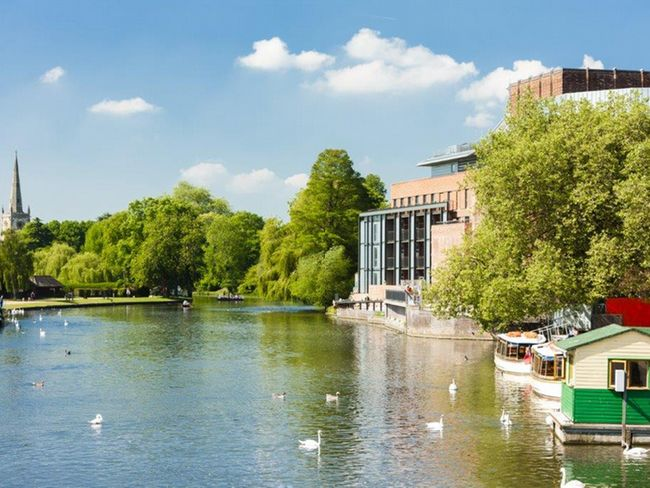 Visit Stratford upon Avon during your stay