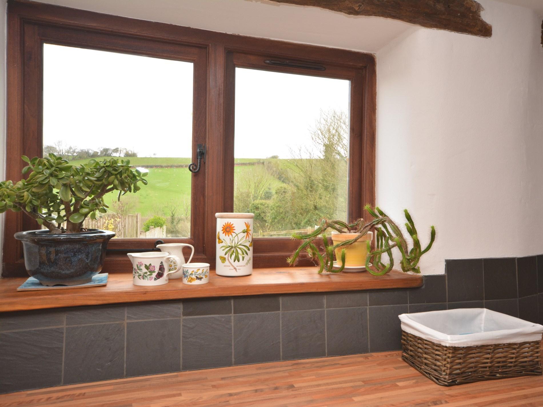 2 Bedroom Cottage in North Tawton, Devon