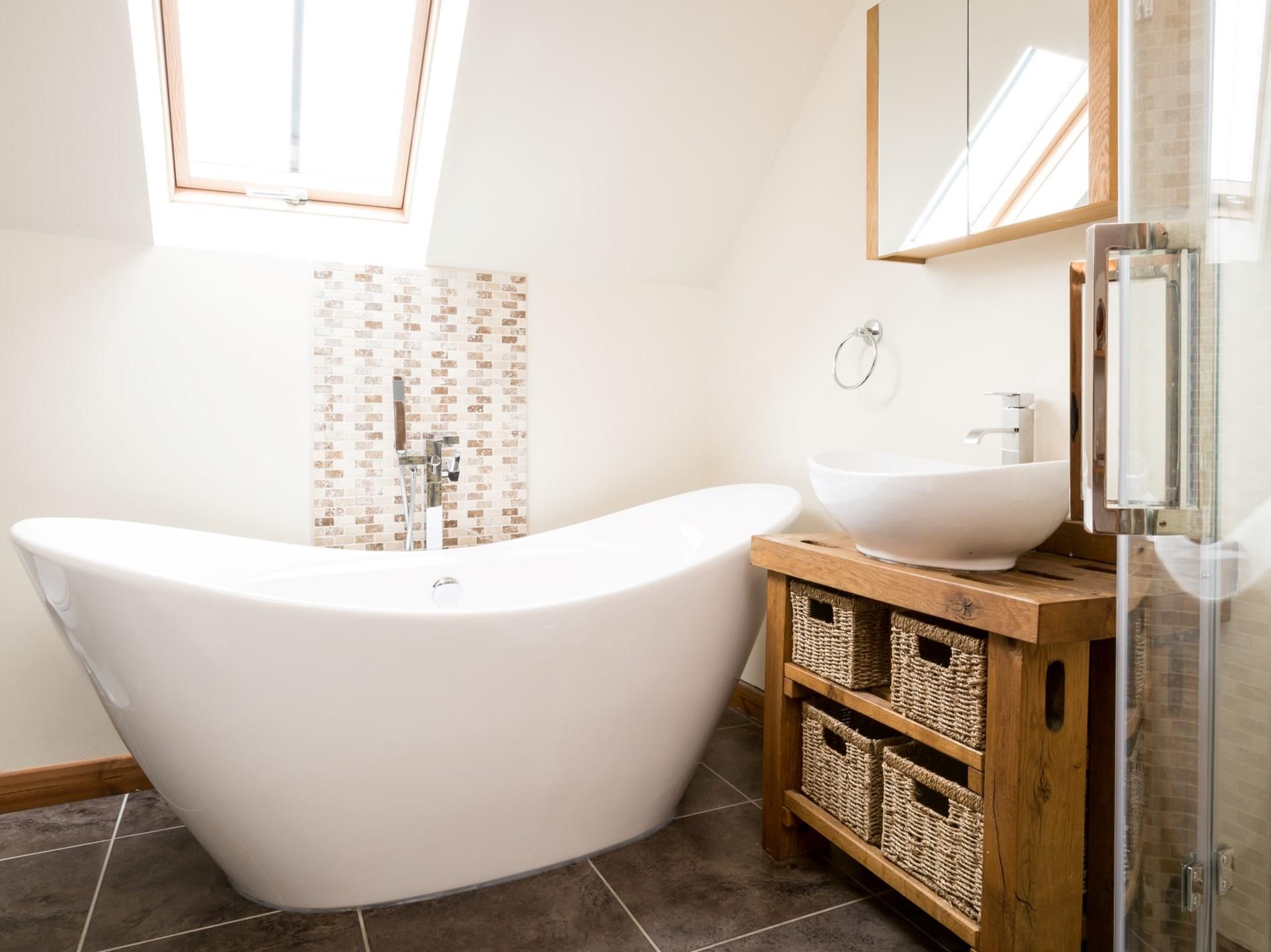 2 Bedroom Cottage in Leek, Heart of England