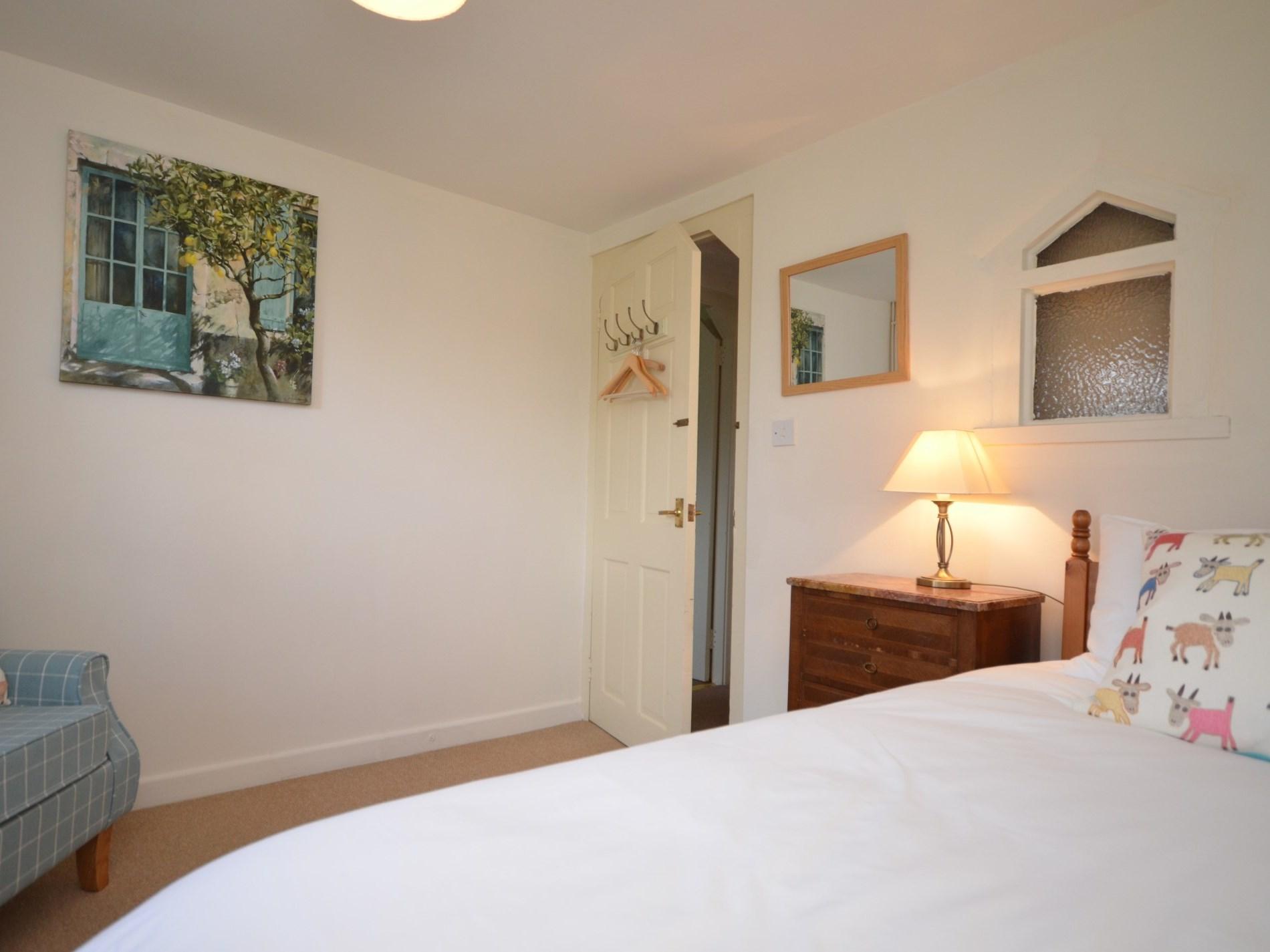 6 Bedroom Cottage in Honiton, Devon