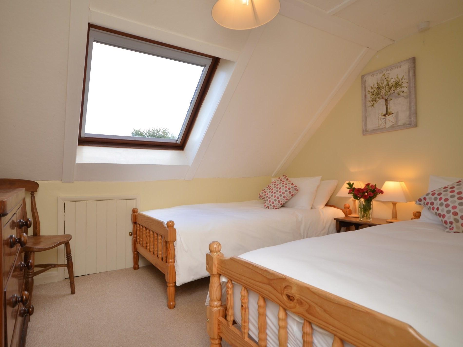 4 Bedroom Cottage in Honiton, Devon