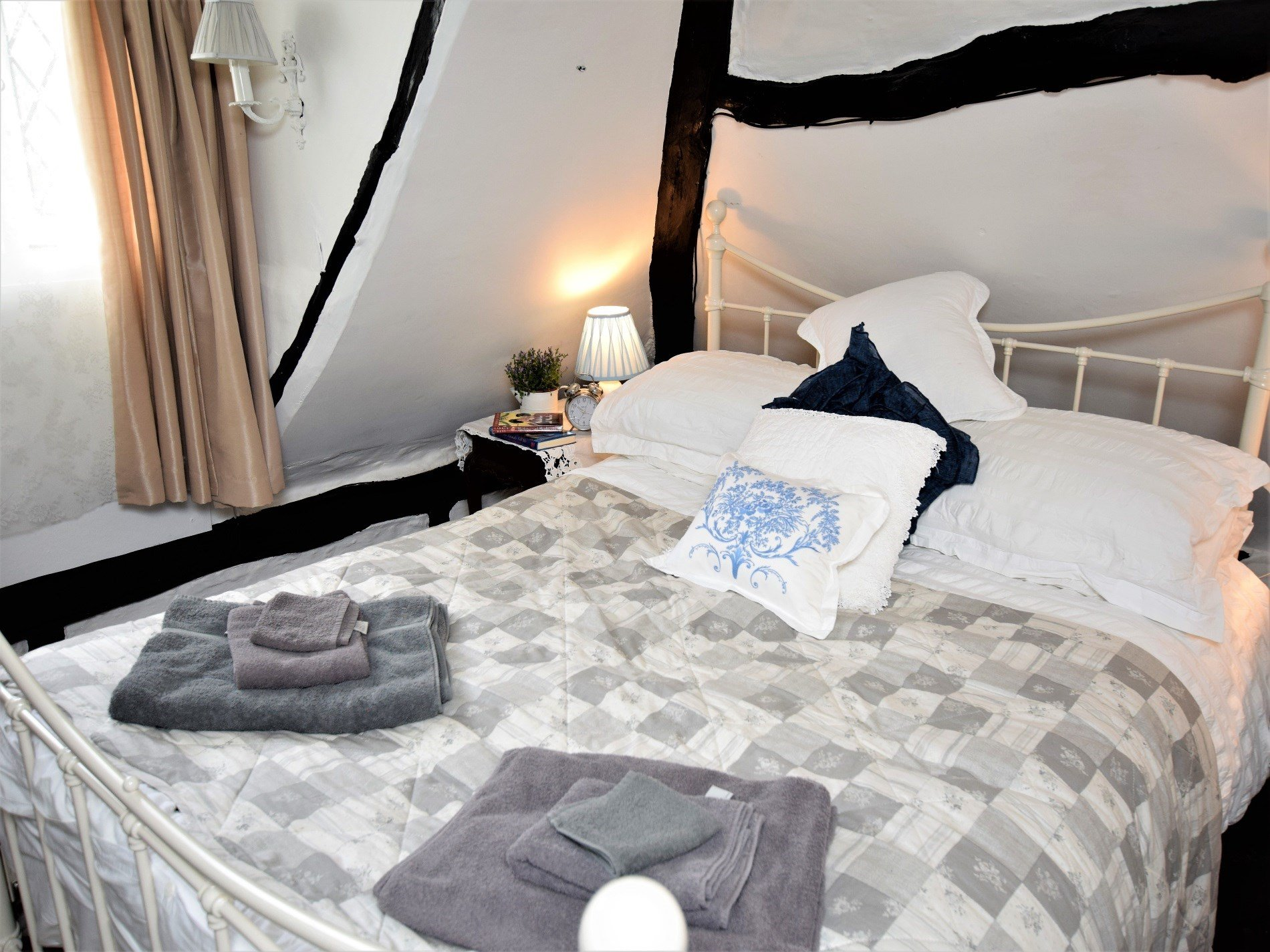 Cosy double bedroom