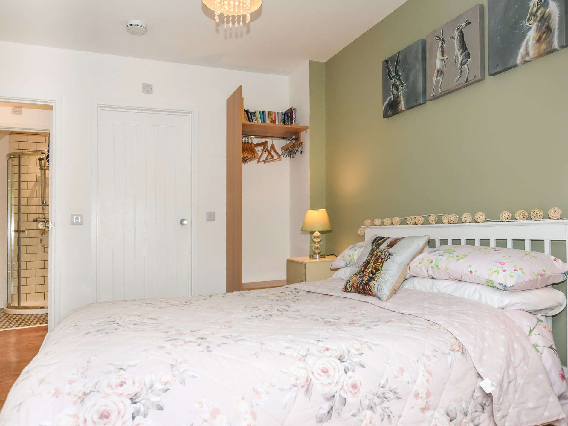 2 Bedroom Log Cabin in Worcestershire, Heart of England
