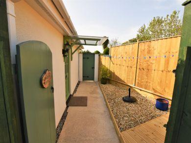 Braeburn Cottage (42007)