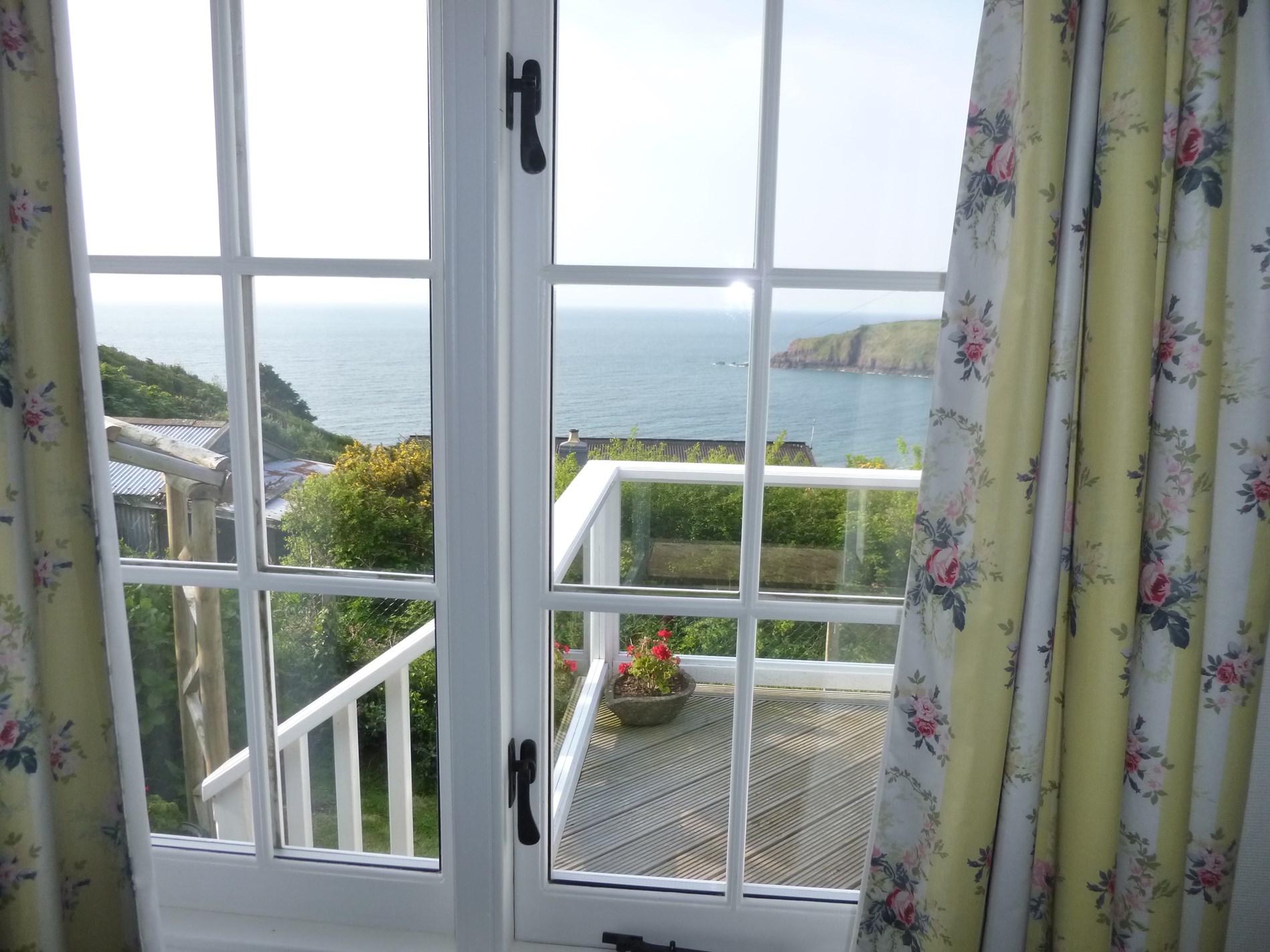 3 Bedroom Cottage in Pembroke, Mid Wales