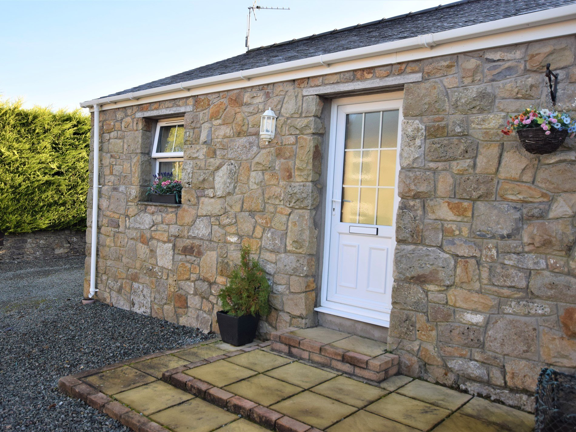2 Bedroom Cottage in Tyn-y-gongl, Snowdonia, North Wales and Cheshire