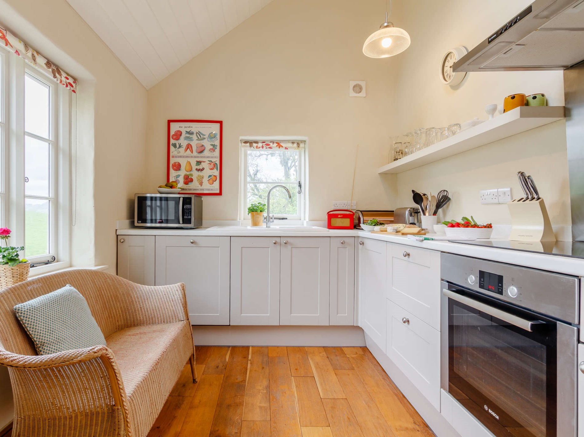 2 Bedroom Cottage in South Wales, Pembrokeshire and the South