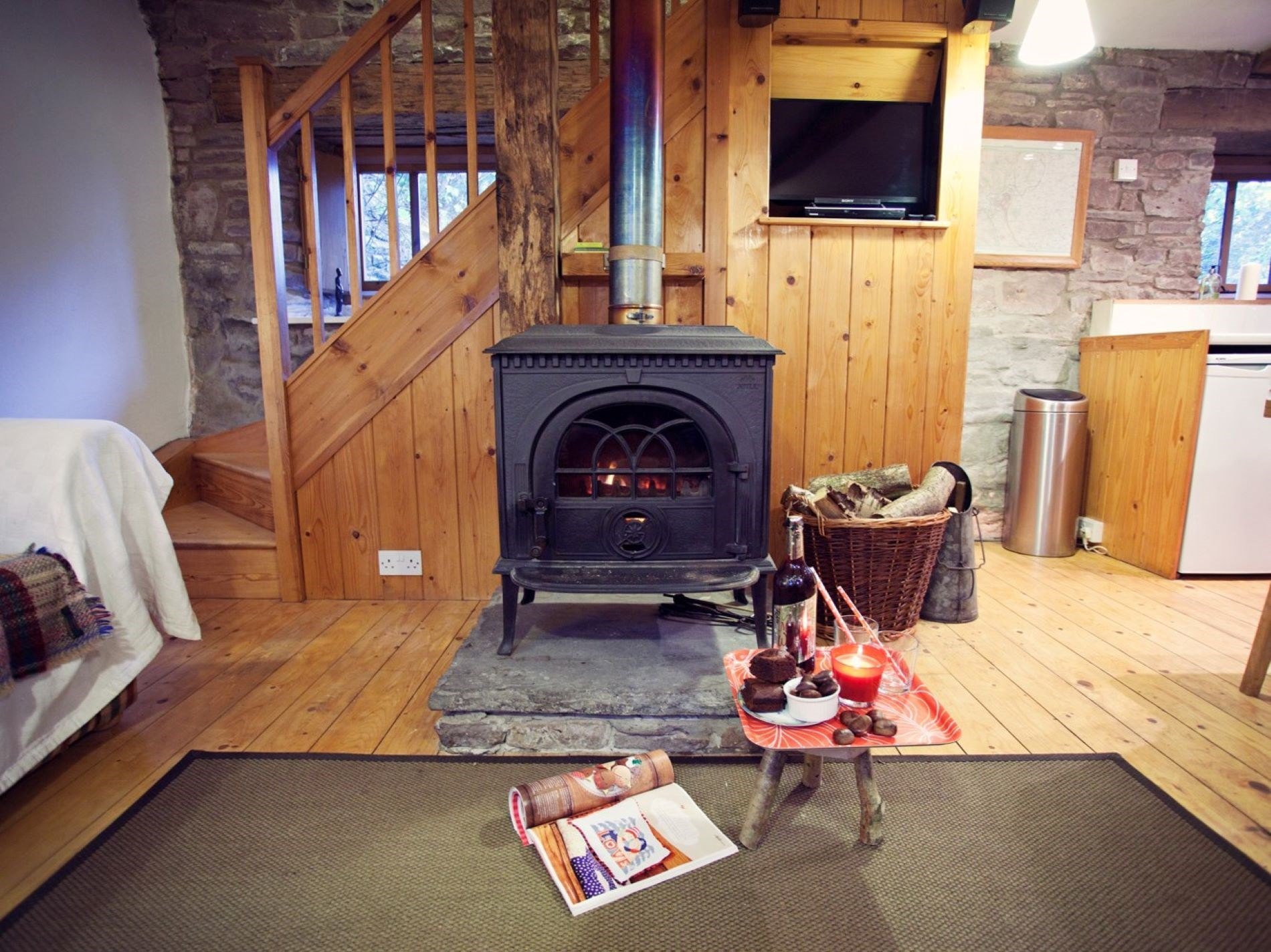 2 Bedroom Cottage in Abergavenny, Pembrokeshire and the South