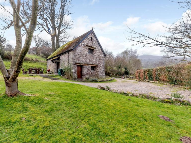 Beautiful barn conversion set in an elavated position in the countryside