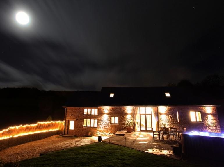A gorgeous barn conversion, ideal for a break away with family or friends