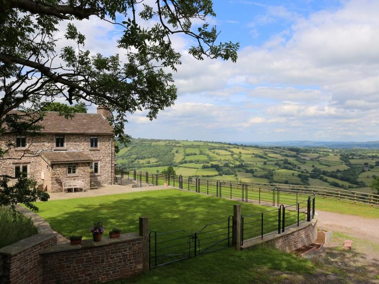 Endless views and the Brecon Beacons National Park on your doorstep