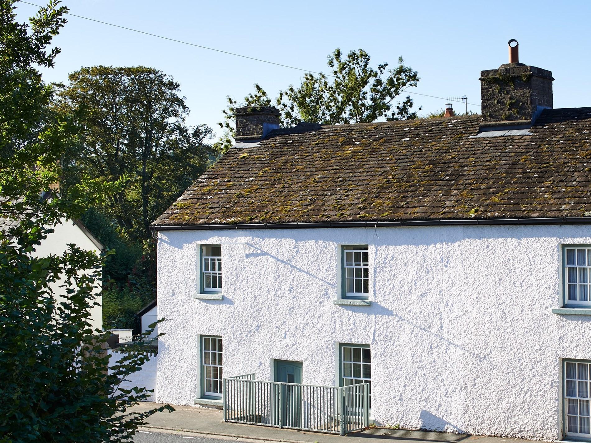 2 Bedroom Cottage in Crickhowell, Mid Wales