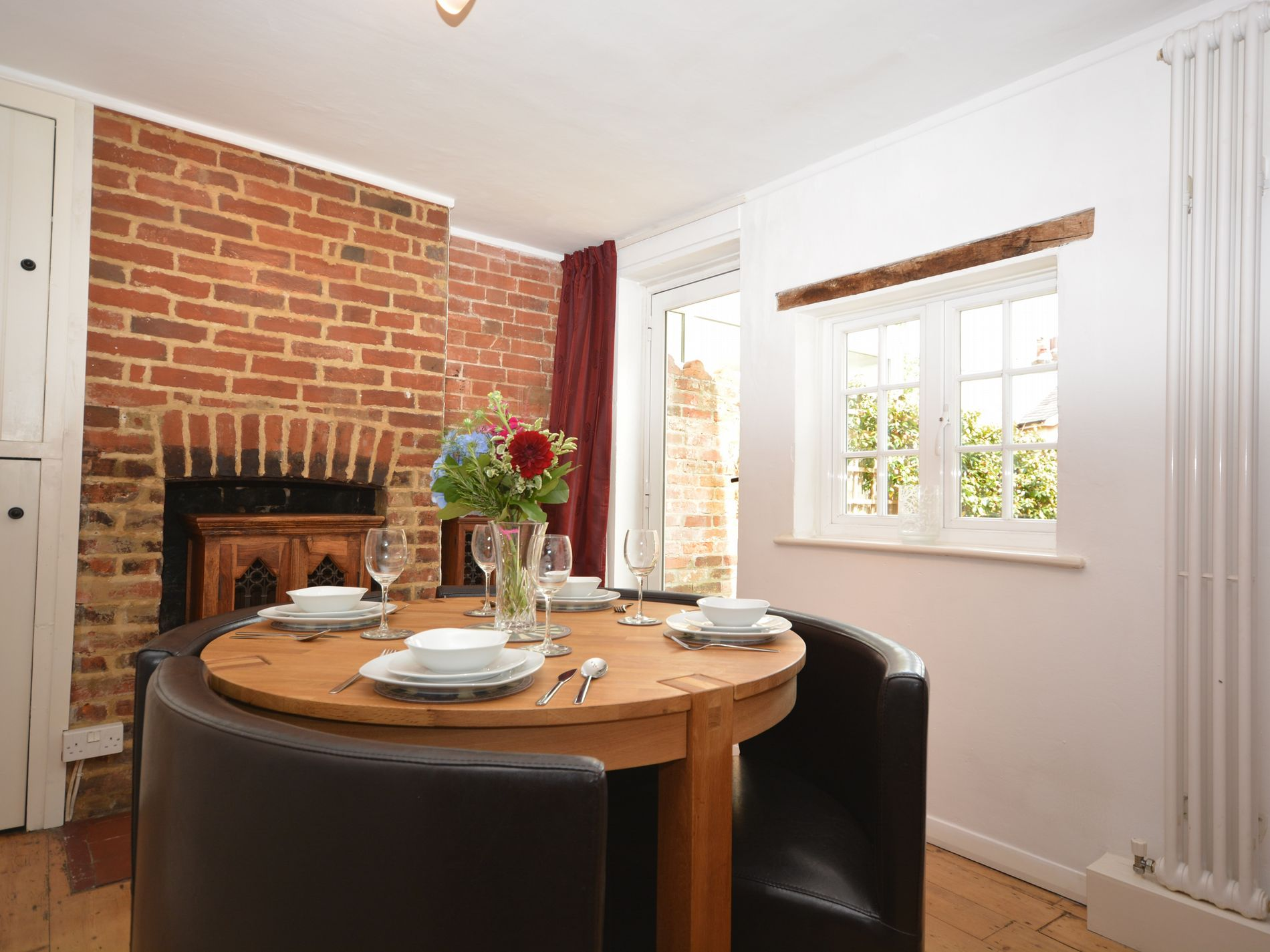 2 Bedroom Cottage in Winchester, South of England